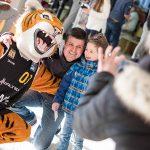 WALTER Tigers besuchen Kinderklinik