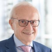 Stv. Vorsitzender des Stiftungsrates von Hilfe für kranke Kinder - Die Stiftung