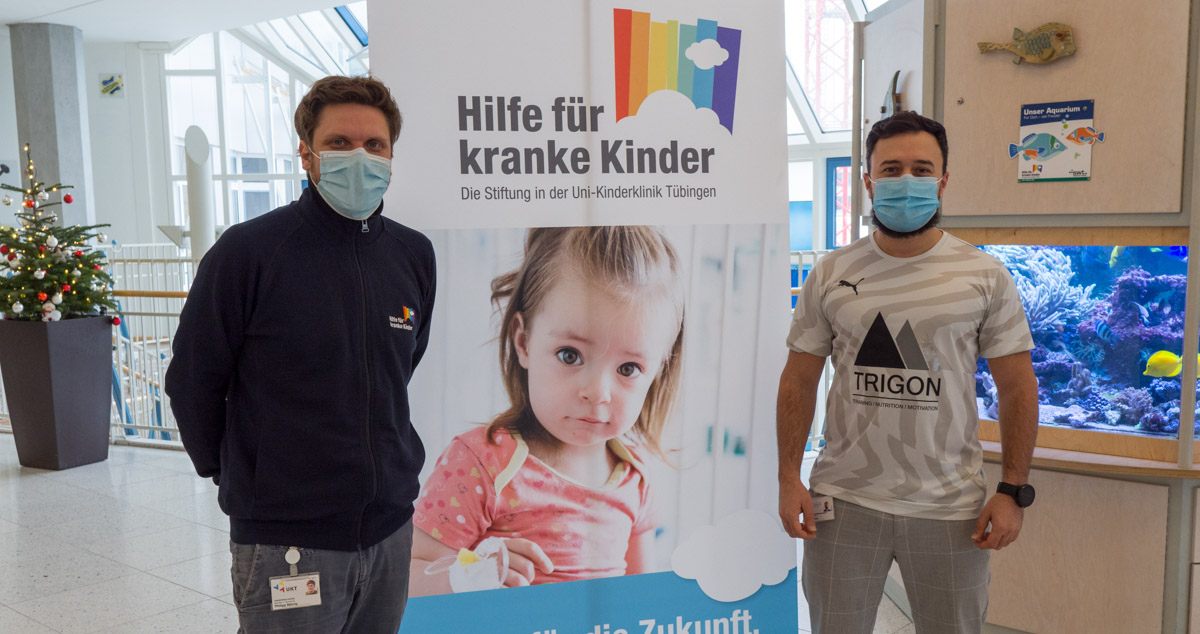 Spendenübergabe in der Uni-Kinderklinik Tübingen