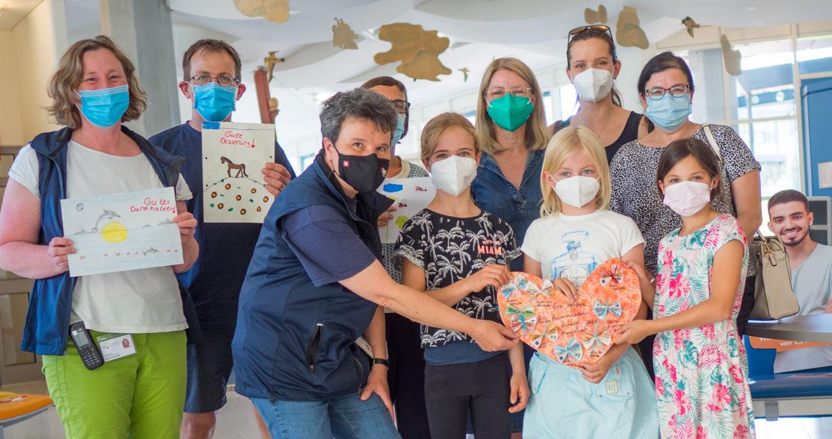Spendenübergabe an PALUNA in der Kinderklinik Tübingen